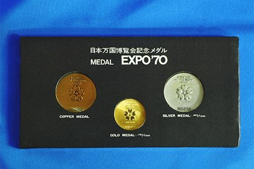 勲章・メダル